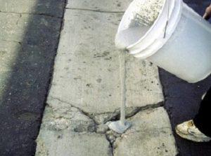 Самостоятельная заделка трещин в бетоне: как и чем?