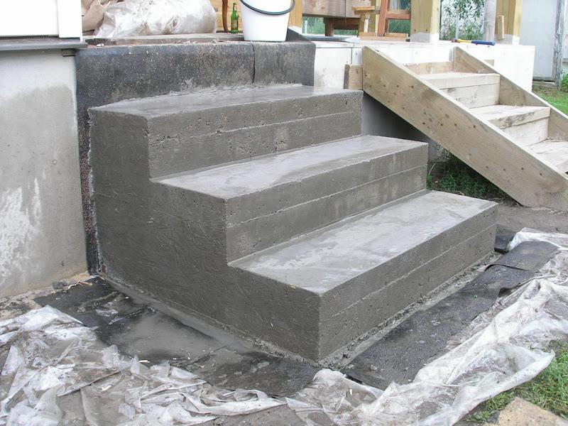 бетонируем ступеньки